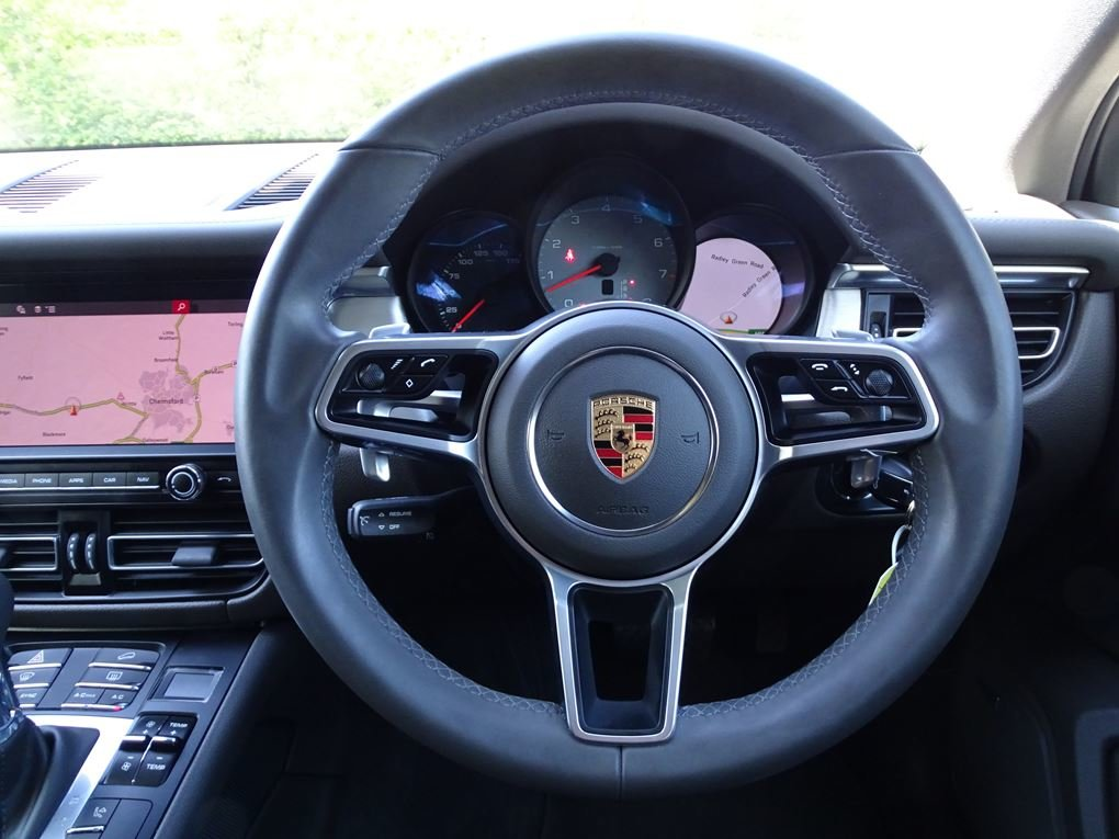 2019 Porsche  MACAN  S PDK 3.0 AUTO  49,948 For Sale (picture 11 of 24)