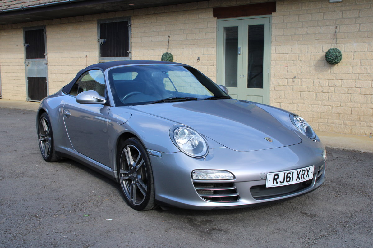 2012 MDL PORSCHE 997 C4 3.6 PDK CAB – 33,000 MILES – £45,950 For Sale (picture 1 of 6)