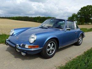 Porsche 911 2.4 T classic in top condition
