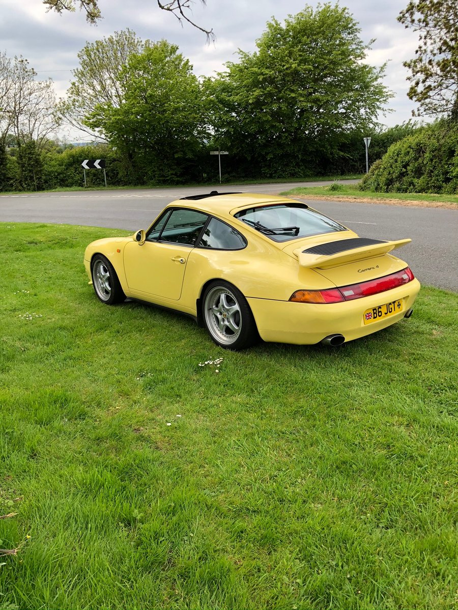 1997 Porsche Carrera 911 Yellow For Sale (picture 3 of 6)
