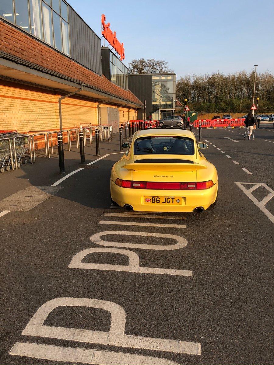 1997 Porsche Carrera 911 Yellow For Sale (picture 4 of 6)
