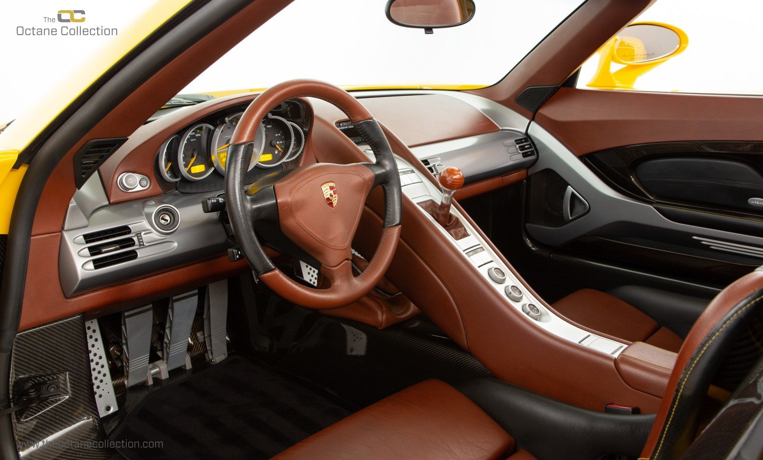 2006  PORSCHE CARRERA GT // SPEED YELLOW // ENGINE OUT SERVICE For Sale (picture 11 of 23)