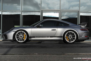 Porsche 991.2 GT3 PDK with PCCB, front lift & CS Package