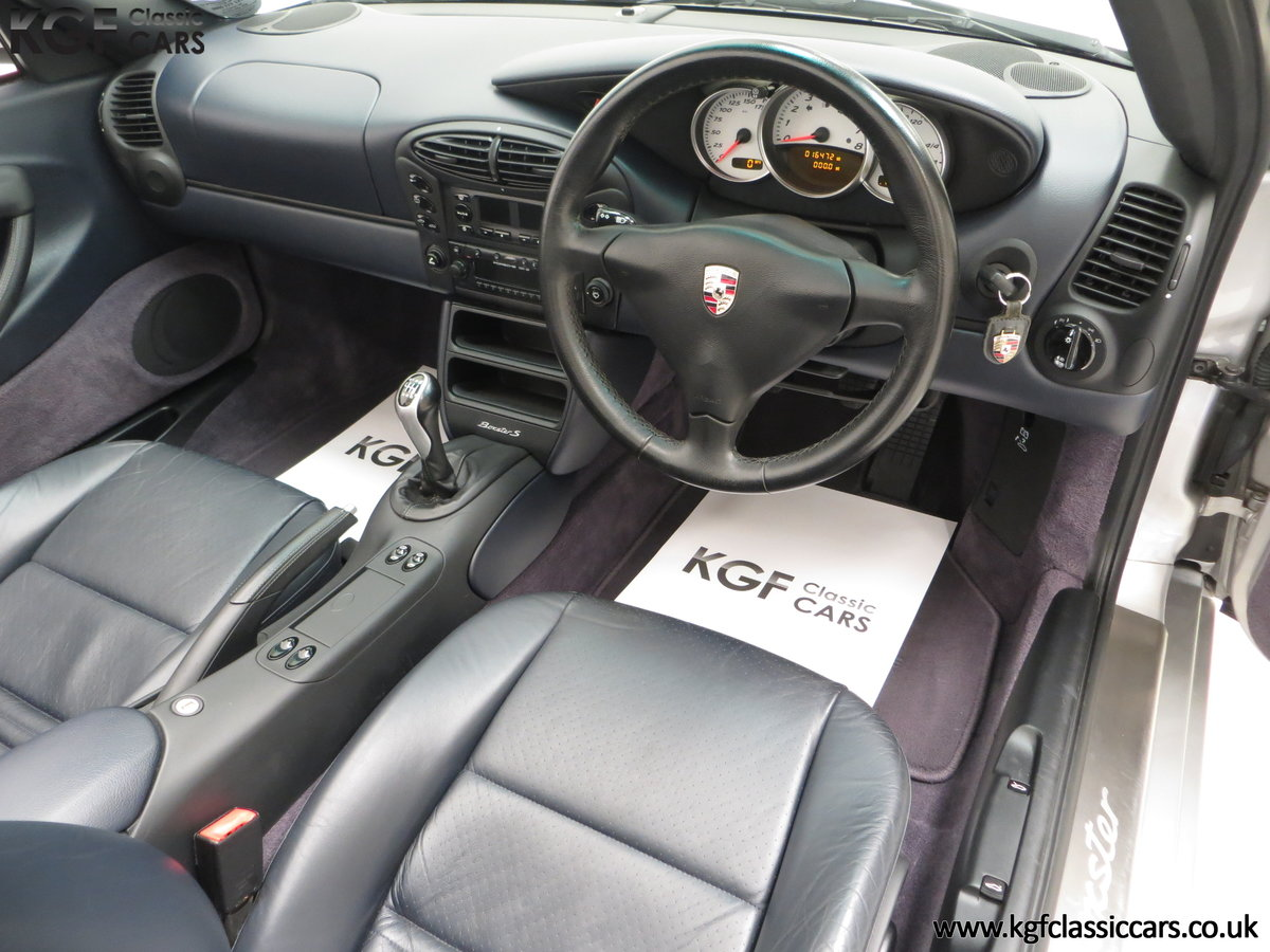 2001 A Fantastic Porsche Boxster S 3.2 Manual with 16,472 Miles For Sale (picture 17 of 24)