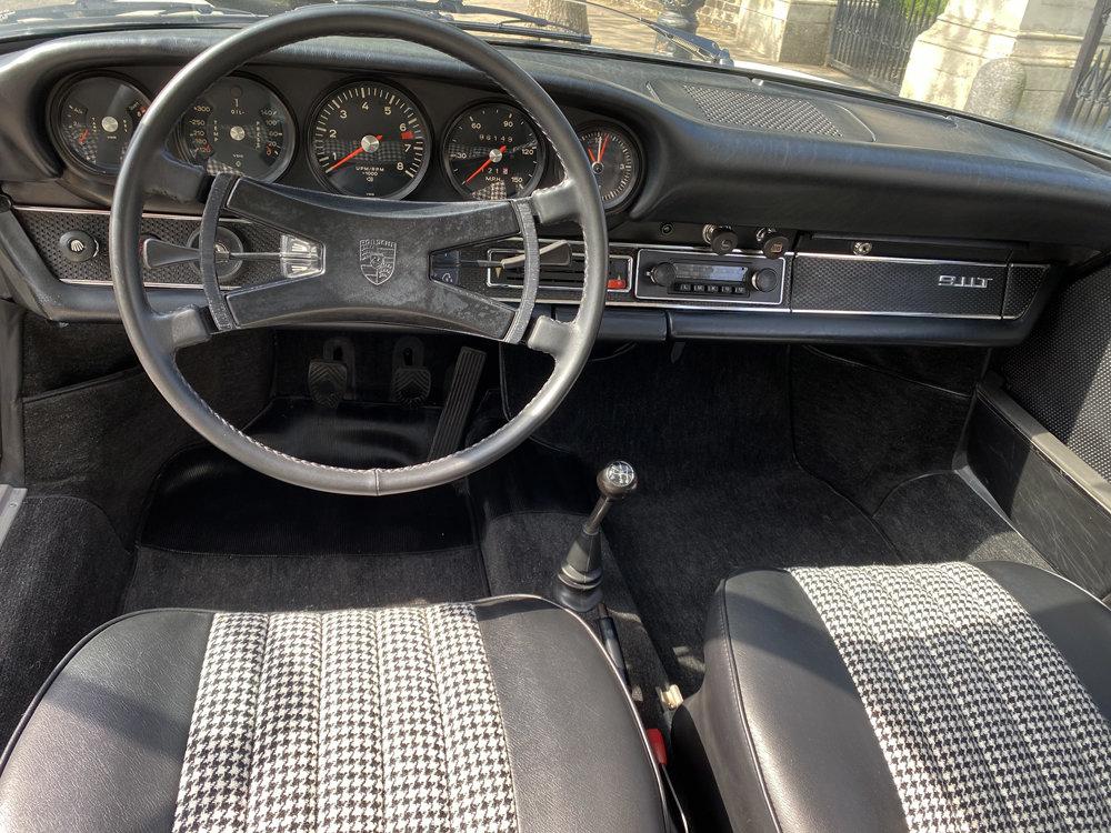 1971 1970 Porsche 911T - Restored condition For Sale (picture 3 of 24)