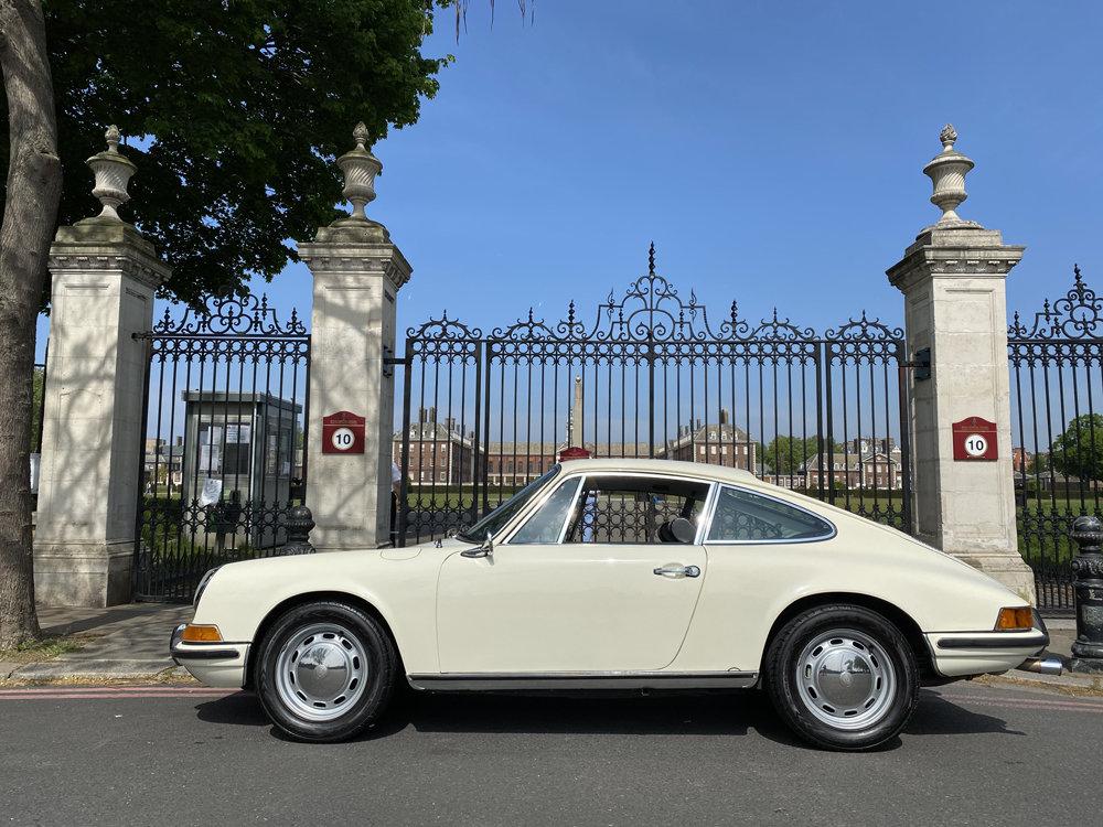 1971 1970 Porsche 911T - Restored condition For Sale (picture 5 of 24)