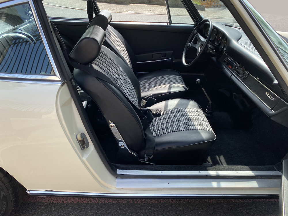1971 1970 Porsche 911T - Restored condition For Sale (picture 7 of 24)