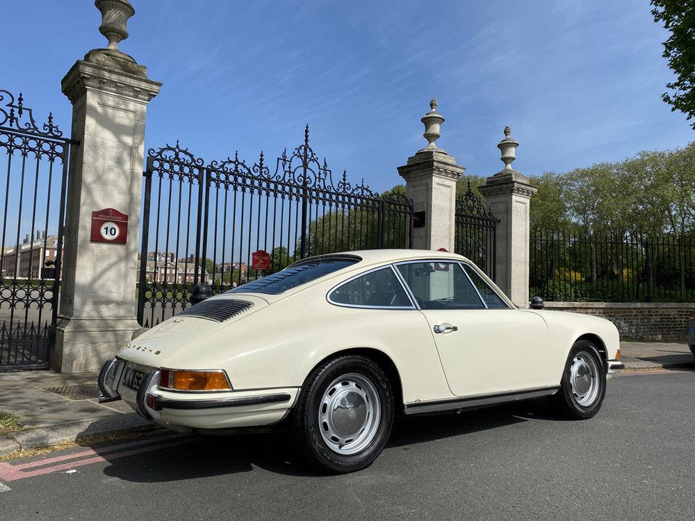 1971 1970 Porsche 911T - Restored condition For Sale (picture 8 of 24)