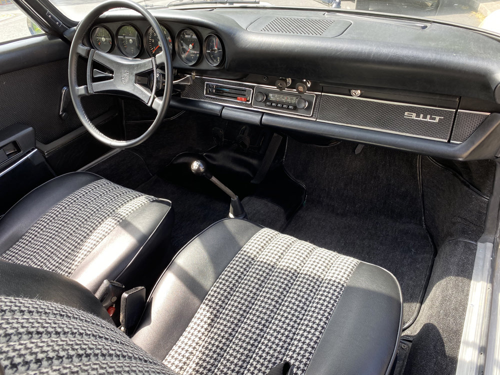 1971 1970 Porsche 911T - Restored condition For Sale (picture 11 of 24)
