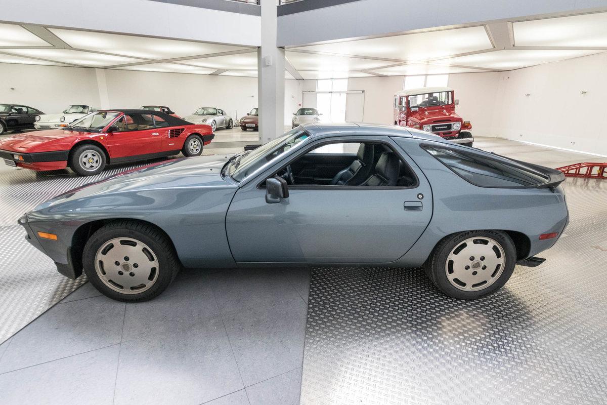 1983 Porsche 928 S For Sale (picture 2 of 6)