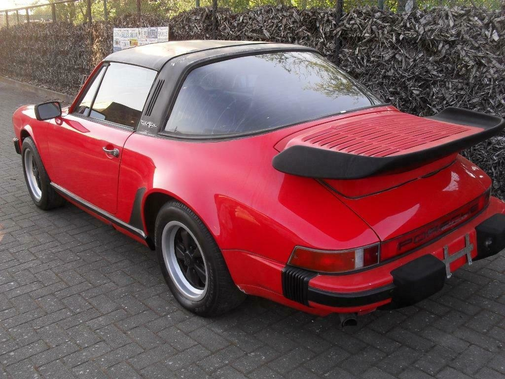 1982 LHD   Porsche 911 sc 3.0 Targa red   /  LEFT HAND DRIVE For Sale (picture 4 of 6)