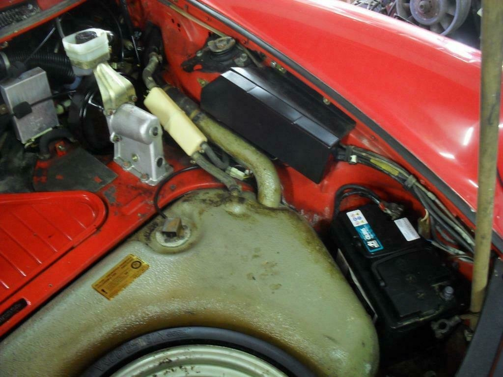 1982 LHD   Porsche 911 sc 3.0 Targa red   /  LEFT HAND DRIVE For Sale (picture 6 of 6)