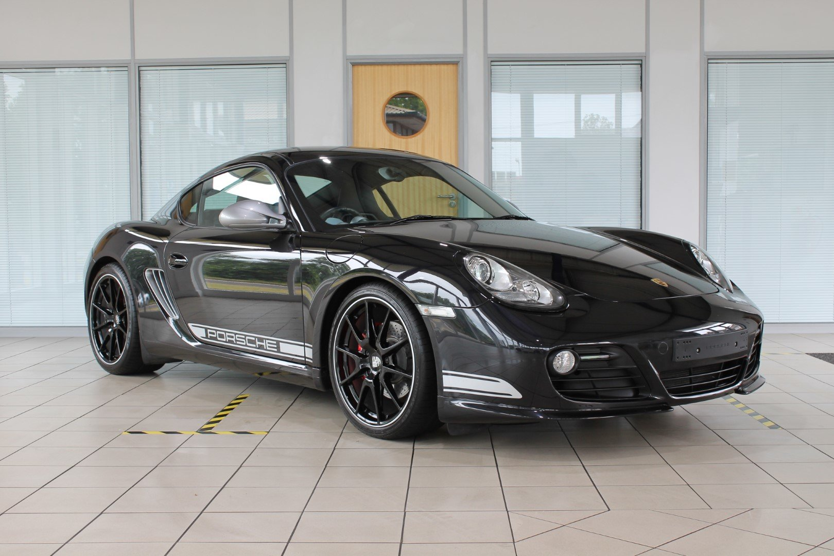 2011 Porsche Cayman (987) 3.4 R PDK For Sale (picture 4 of 6)