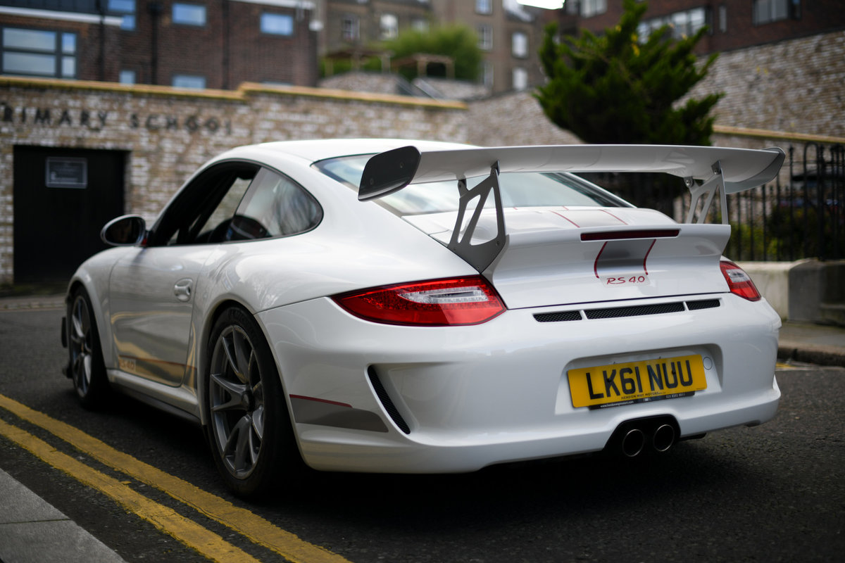 2011-PORSCHE 997 GEN II GT3 RS 4.0 GRANDPRIX WHITE -  For Sale (picture 4 of 6)