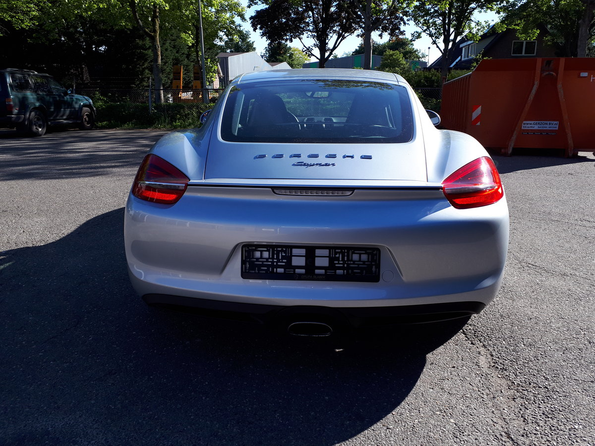 Porsche Cayman (2014) manual 6-gear 275 bhp 5,7 sec. For Sale (picture 4 of 6)