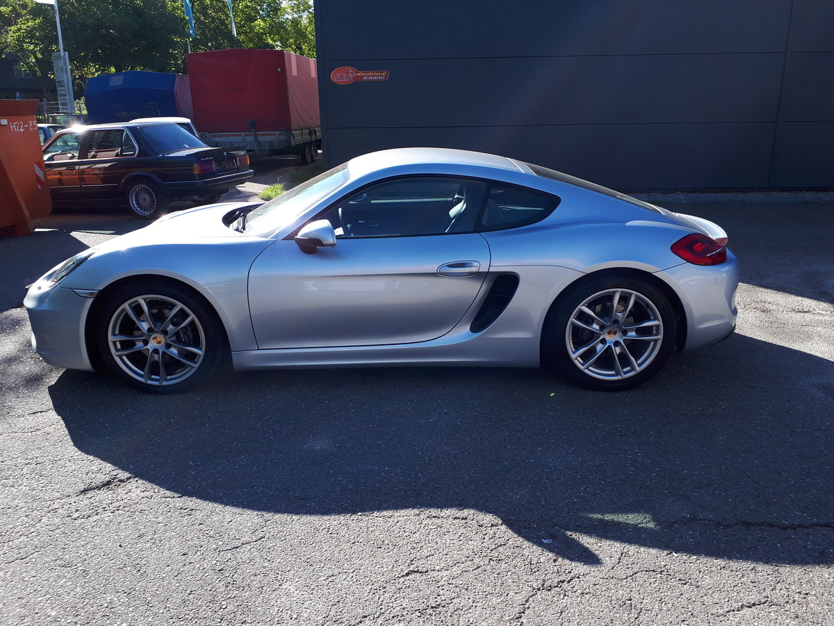 Porsche Cayman (2014) manual 6-gear 275 bhp 5,7 sec. For Sale (picture 5 of 6)
