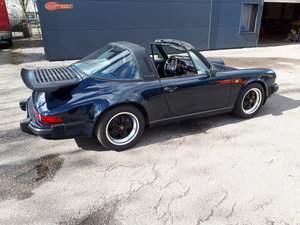 Porsche 911 Carrera 3,2 Targa (1987) dark blue 190000 km For Sale