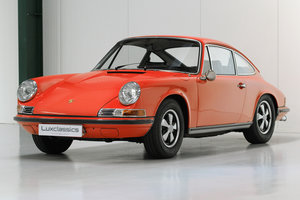 1969 Porsche 911T Restored - Blood Orange