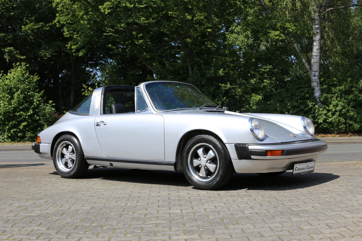 1974 A sympathetically restored Porsche 911 Targa SOLD (picture 1 of 6)
