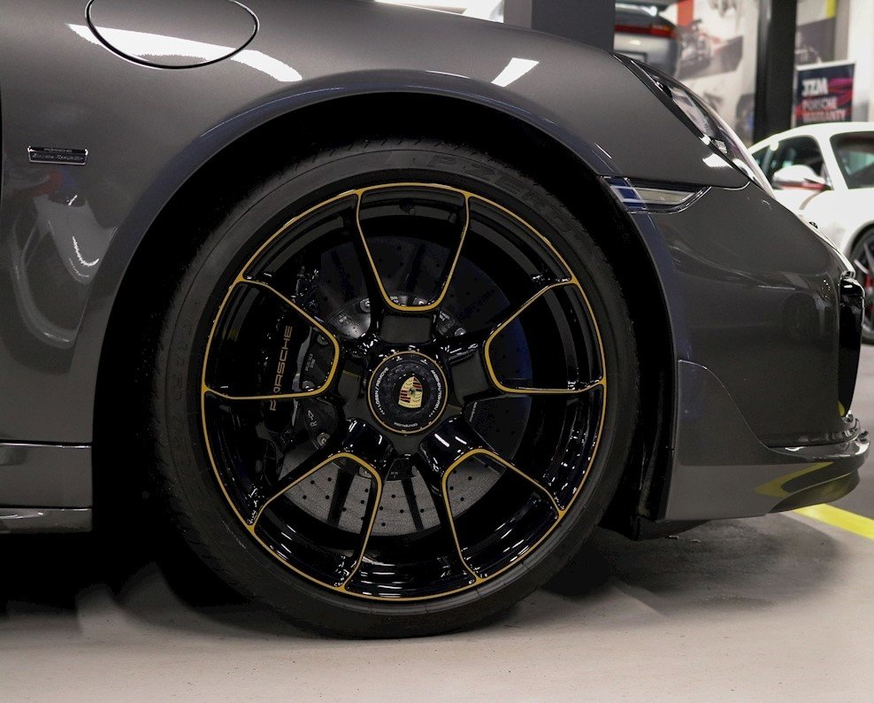 2018 Porsche 911 Turbo S EXCLUSIVE SERIES (LHD) For Sale (picture 6 of 6)