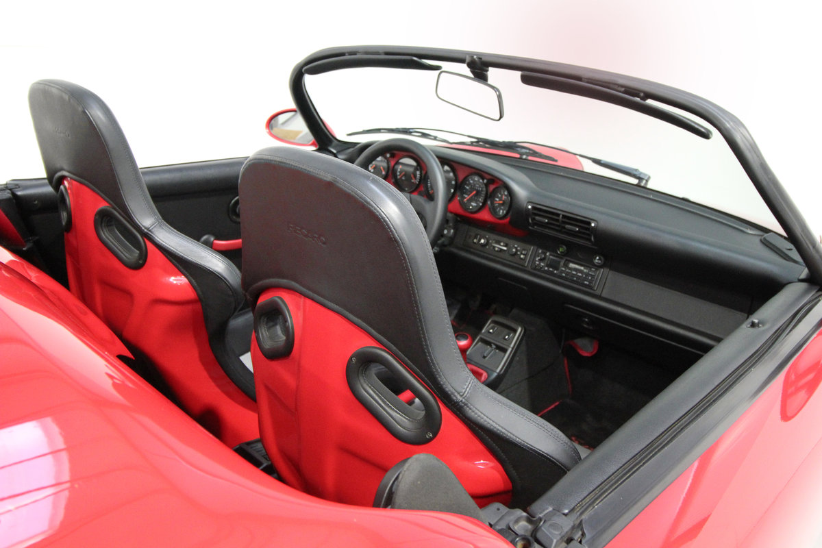 1994 PORSCHE 964 SPEEDSTER LHD WITH GREAT PROVENANCE For Sale (picture 4 of 6)