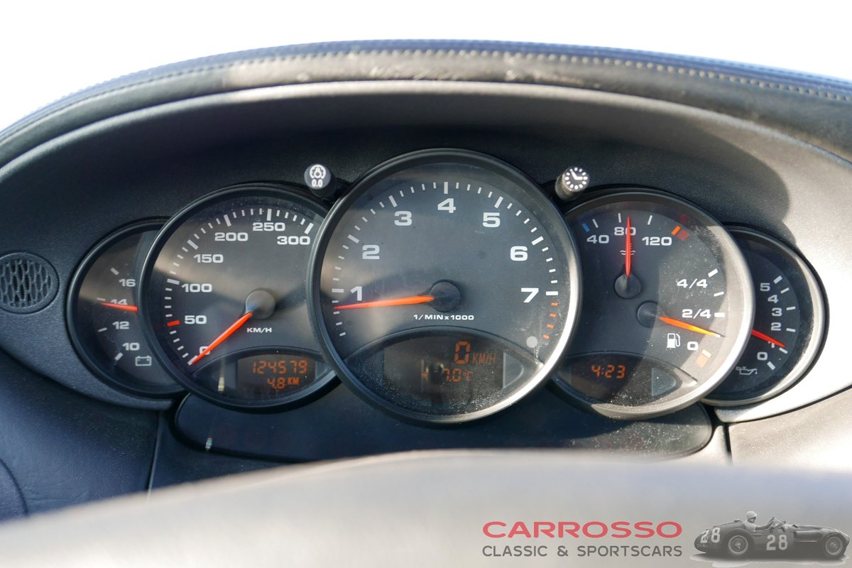 1998 Porsche Carrera Convertible (996) in good condition For Sale (picture 4 of 6)