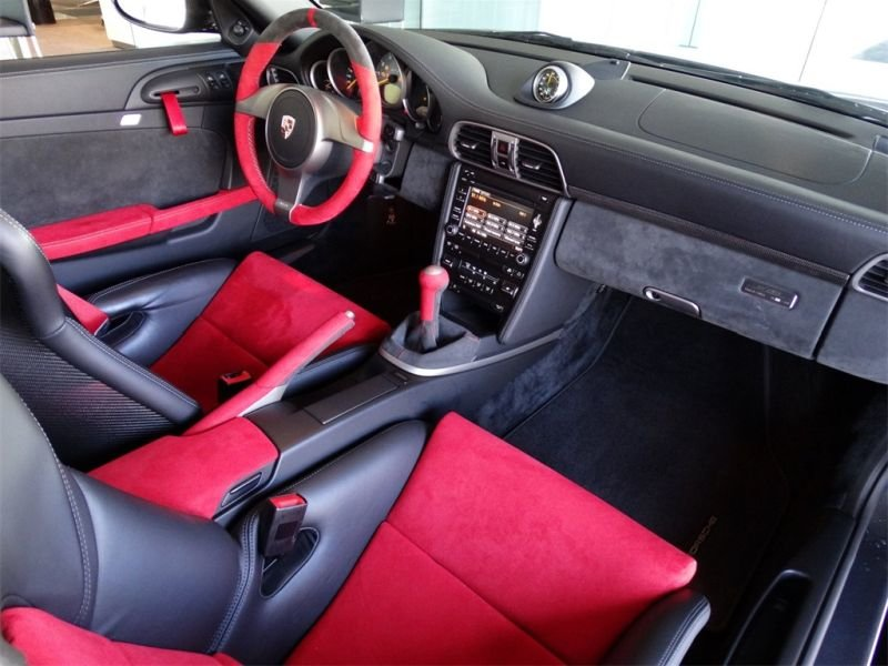 2011 Porsche 911 GT2 RS For Sale (picture 4 of 6)