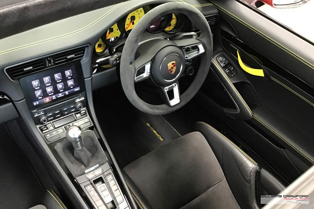 2018 Like new Porsche 991.2 Carrera T manual For Sale (picture 4 of 6)