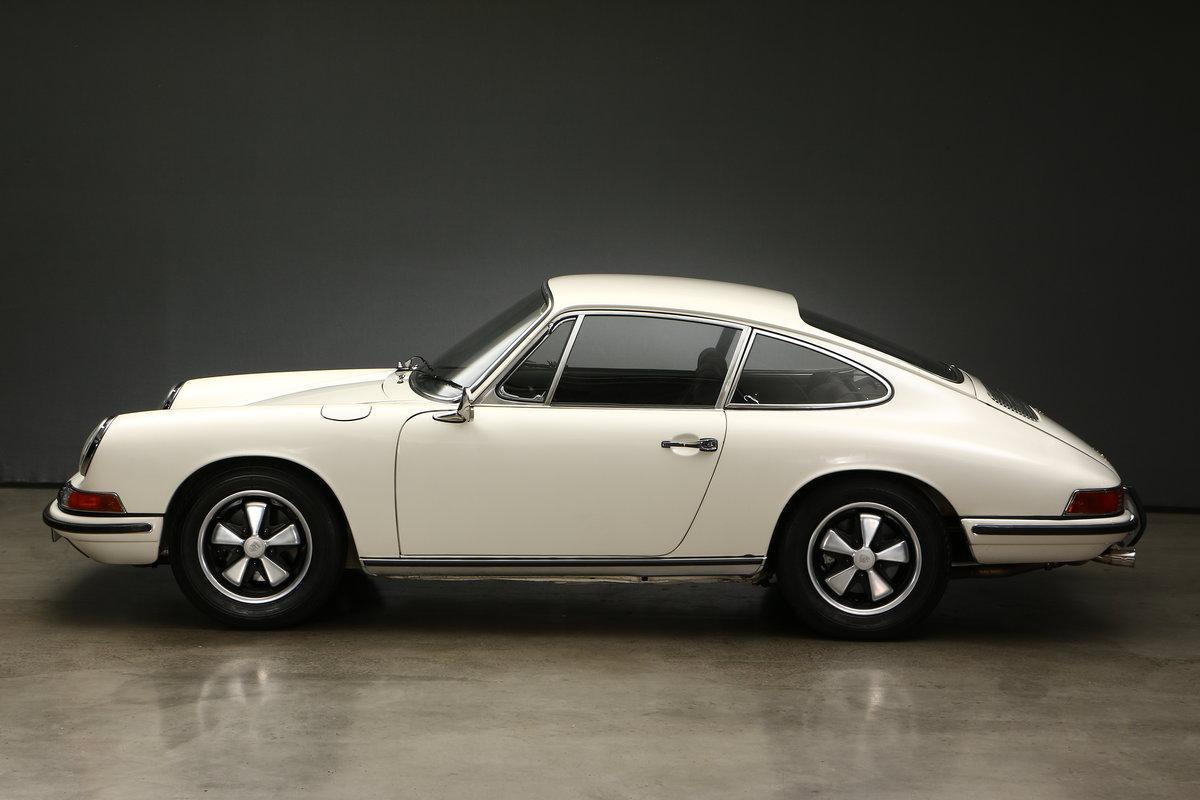 1968 Porsche 911 L 2,0Ltr. Coupé SWB For Sale (picture 2 of 6)