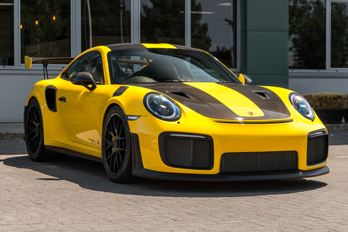 Porsche GT2 RS 2018 SOLD (picture 2 of 6)
