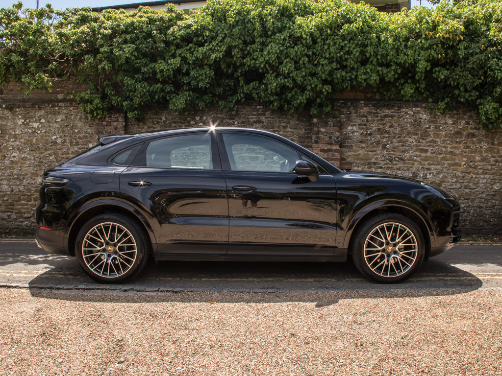 2019 Porsche    Cayenne For Sale (picture 1 of 6)