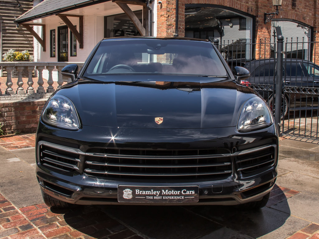 2019 Porsche    Cayenne For Sale (picture 3 of 6)