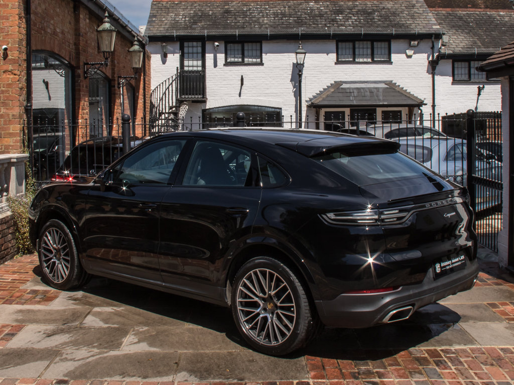 2019 Porsche    Cayenne For Sale (picture 5 of 6)