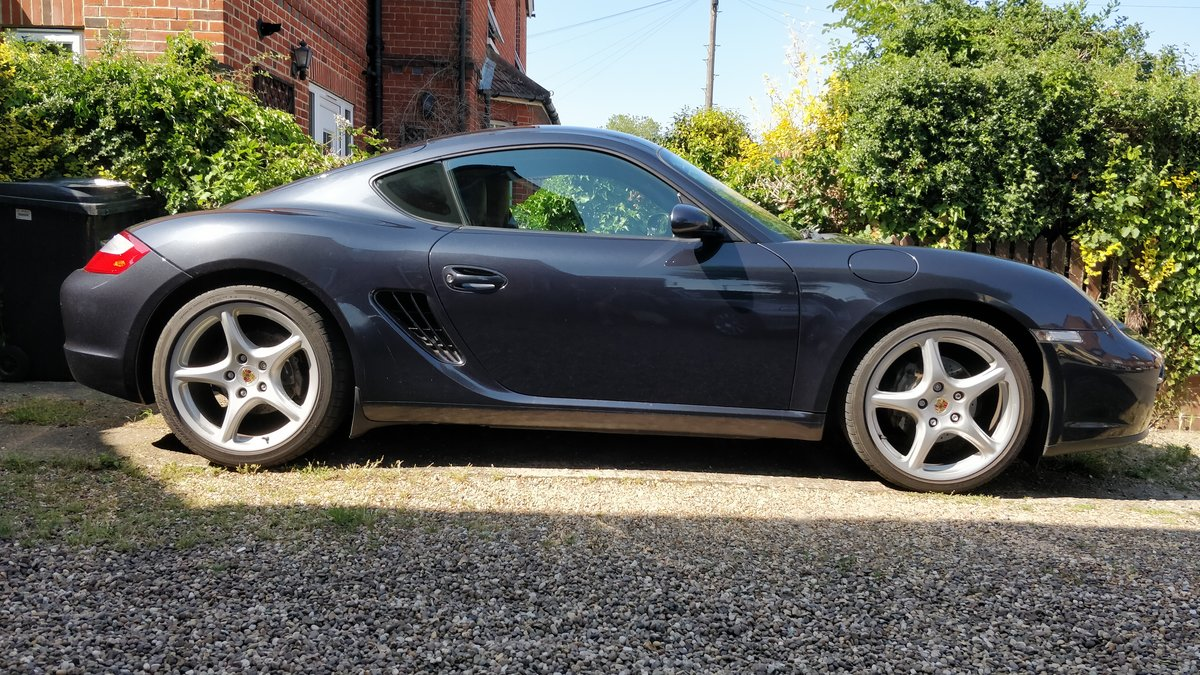 2007 Porsche Cayman 987 2.7L Manual, Fully Loaded For Sale (picture 4 of 6)