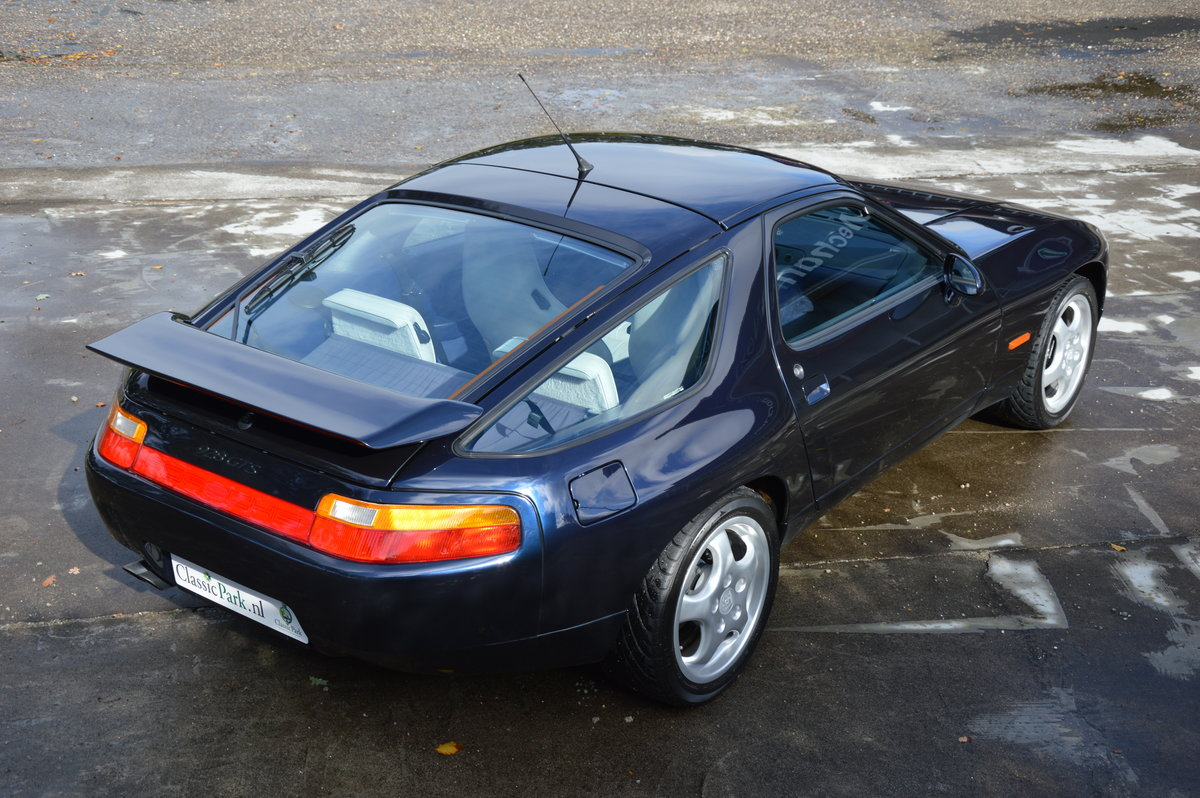 1992 (1064) Porsche 928 GTS Automatic U9 For Sale (picture 2 of 6)