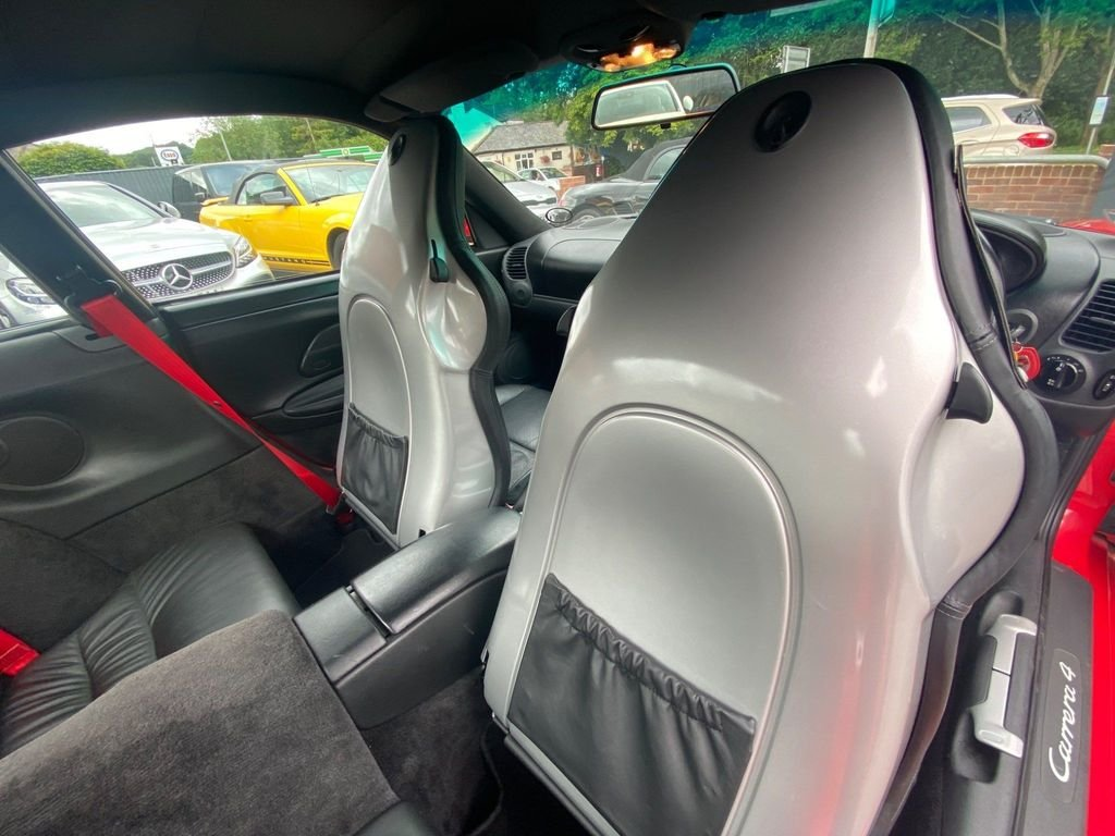 1999 PORSCHE 911 996 3.4 CARRERA 4 GT3 SPEC + HIGHLY MAINTAINED SOLD (picture 5 of 6)