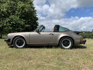 Porsche 911 TARGA SC 1981 pewter Gold