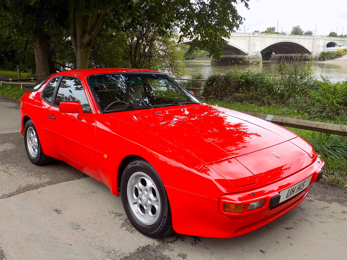 1985 Porsche 944 Coupe For Sale (picture 1 of 6)