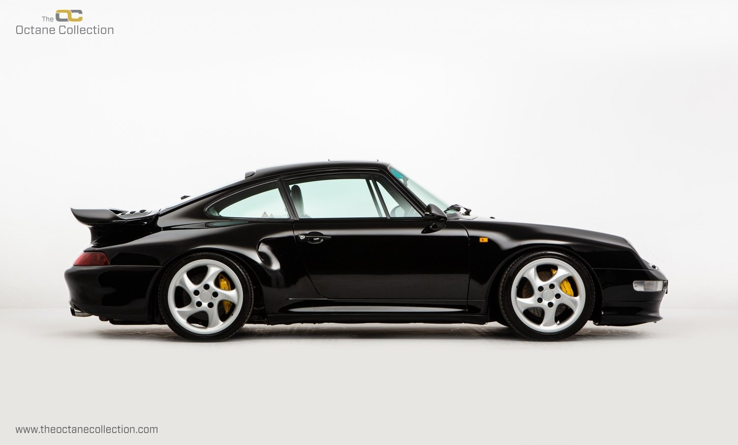 1998 PORSCHE 993 TURBO S // 1 OF 23 RHD CARS // UK C16 // FPSH For Sale (picture 8 of 24)