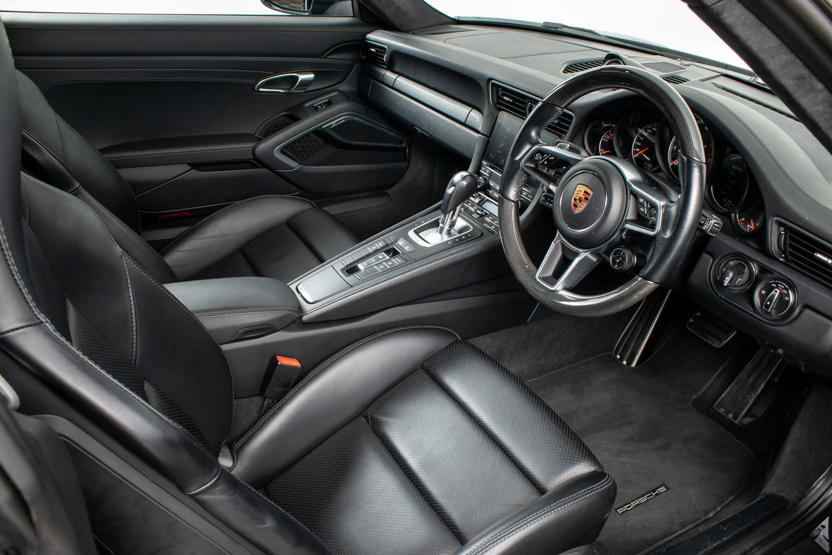 2016 / 66 Porsche 911 (991.2) Turbo S Coupe PDK For Sale (picture 2 of 6)