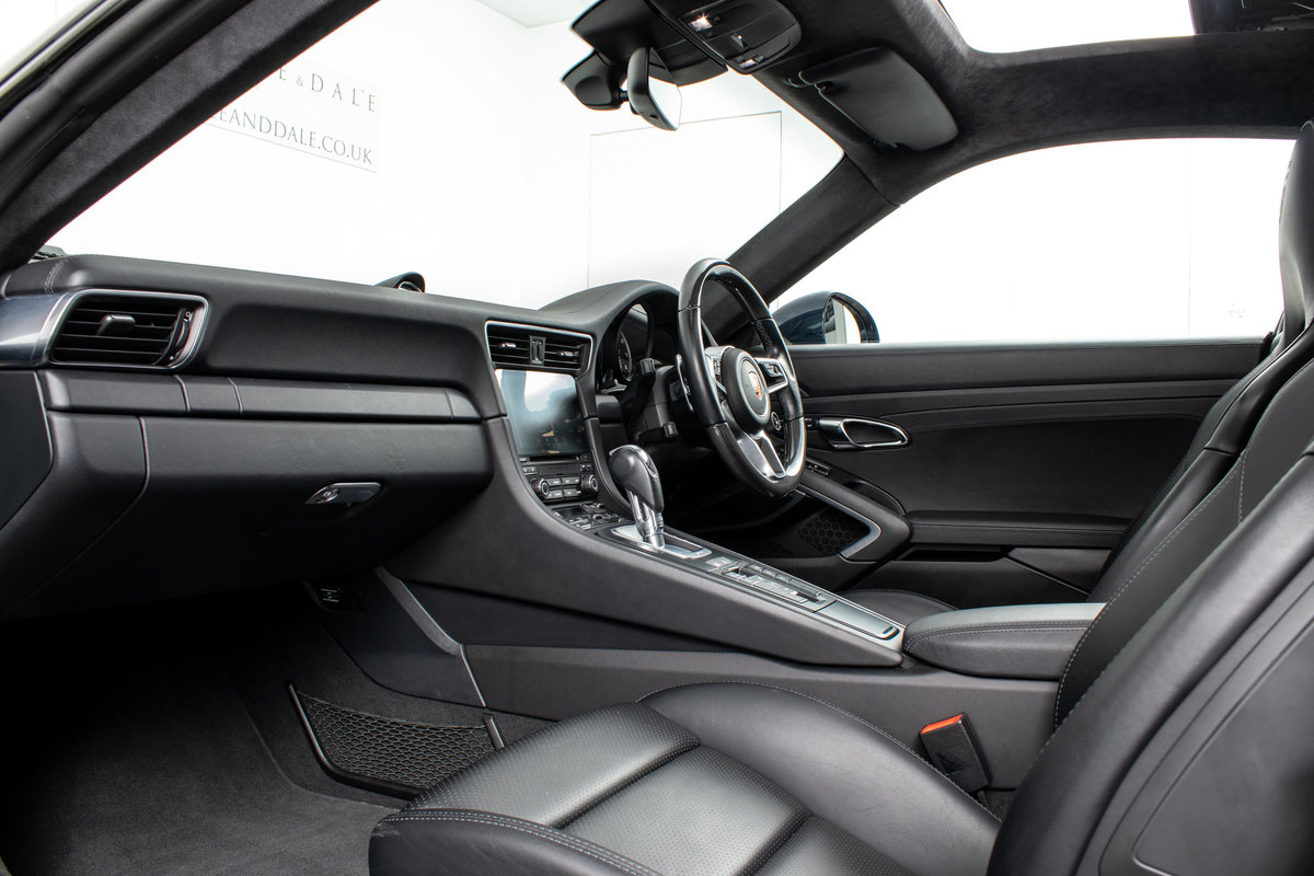 2016 / 66 Porsche 911 (991.2) Turbo S Coupe PDK For Sale (picture 5 of 6)