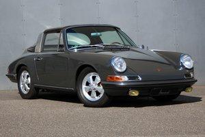 1967 Porsche 911 2.0 S Softwindow LHD