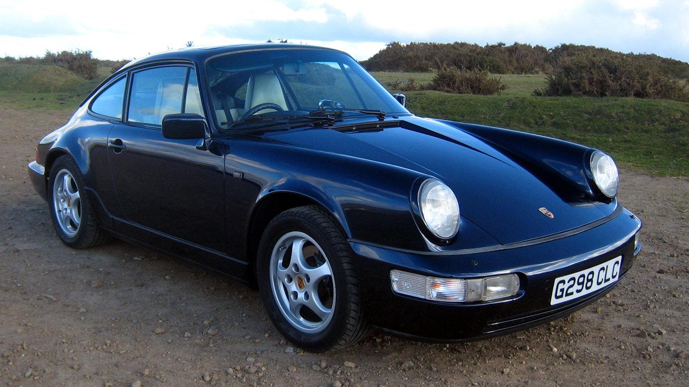 1989 Porsche 911 Carrera 2  SOLD (picture 1 of 6)