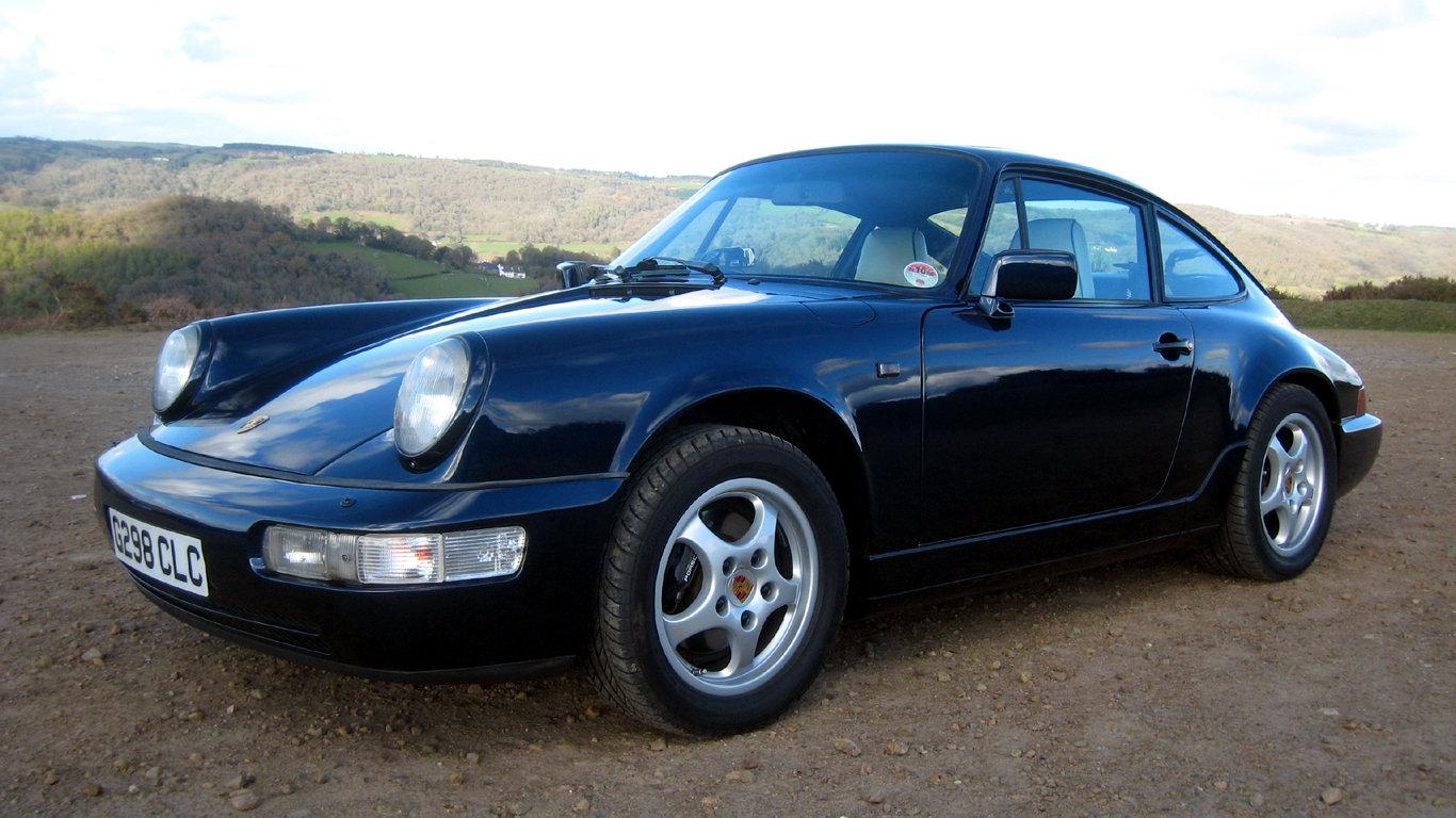 1989 Porsche 911 Carrera 2  SOLD (picture 2 of 6)