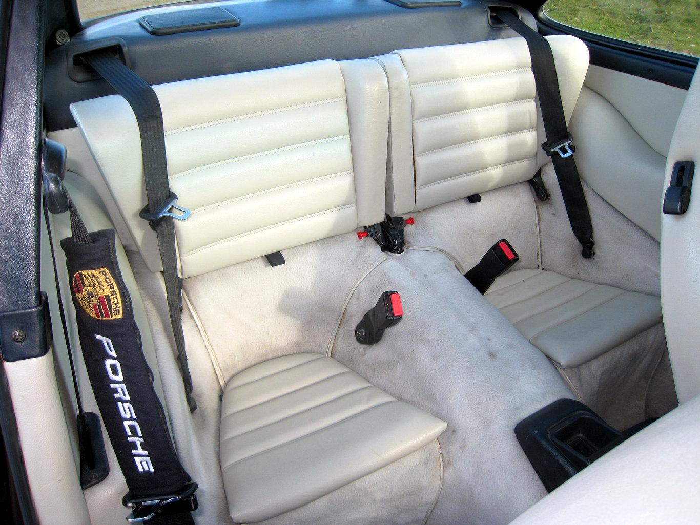 1989 Porsche 911 Carrera 2  SOLD (picture 6 of 6)
