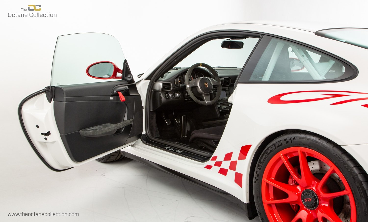 2010 PORSCHE 911 GT3 RS // 997.2 // 2 OWNERS // C09 LHD // FSH For Sale (picture 13 of 24)