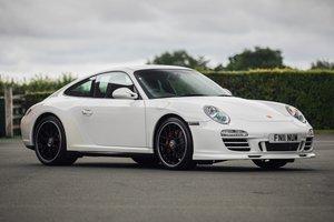 2011 Porsche 911 (997) GTS - Manual