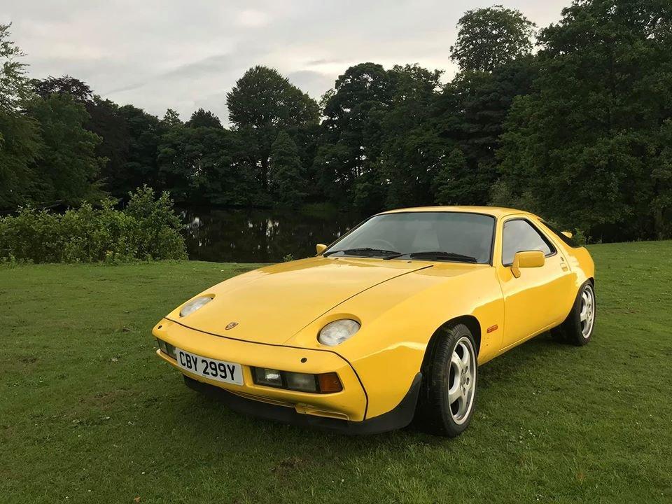1983 Porsche 928S Auto 4.7 V8 For Sale (picture 1 of 6)