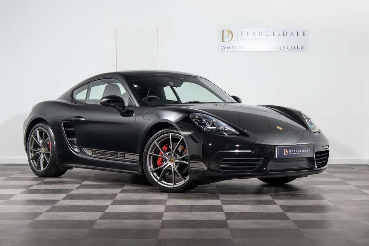 2018 / 67 Porsche 718 Cayman 2.0T PDK SOLD (picture 1 of 6)