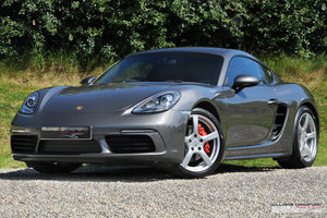 2016 (2017 MY) Porsche 718 Cayman S manual